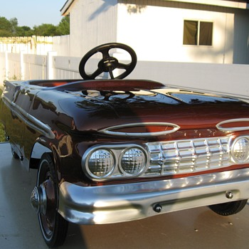 1959 Hamilton Chevy Pedal Car (Very Rare) - Toys
