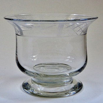 Pairpoint(?) Bowl,.....not sure what it is, but a beautiful piece of glass, Old? - Art Glass