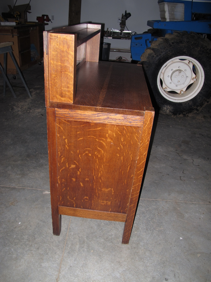 help identify this buffet craftsman style collectors