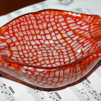 Scandinavian? Italian?  When was it made? - Art Glass