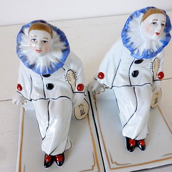 Pair of Art Deco Pierrot Porcelain Bookends, French or German? - Books