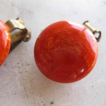 Marbled orange bakelite ear clips & beaks