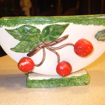 Rachelle California - Art Pottery