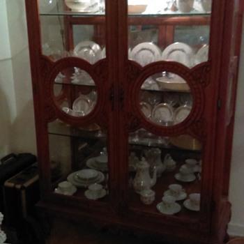 Beautiful Vintage China cabinet