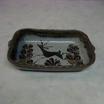 STONEWARE TRAY - Art Pottery