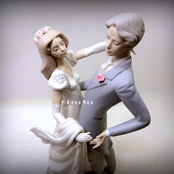 "Lladro 11528 ""I Truly Love You"" 1989"