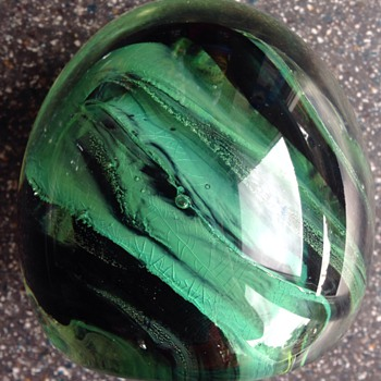 Kerry Glass Paperweight - Art Glass