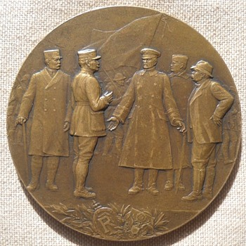 General Pershing's WW I  bronze medal - Military and Wartime