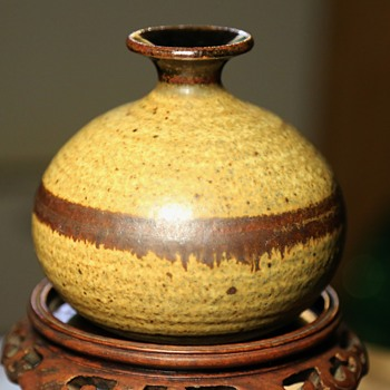 Weed Pot - another for the unknown potter museum!