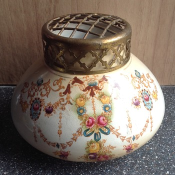 Verdun? Ceramic blush ivory hand painted vase - Pottery