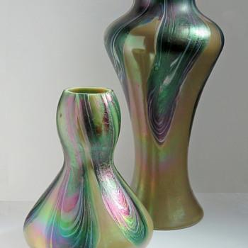 Rindskopf Iridescent Pulled Feather Vase