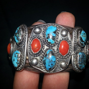 4.9 oz sterling silver cuff bracelet - Native American