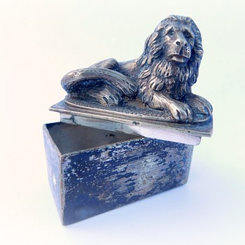 Unsolved Mystery Item - Small silver Box - Animals