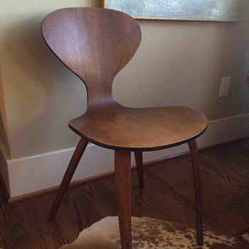 Cherner Side Chair? Plycraft? Molded plywood Mid-Century Chair - Furniture