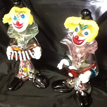 Glass clowns