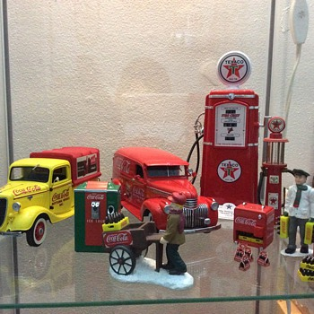 Coca Cola Danbury Mint Toy Collection