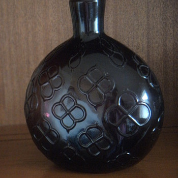 19th century amethyst flask? - Bottles