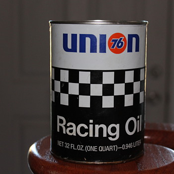 Union 76 racing oil can