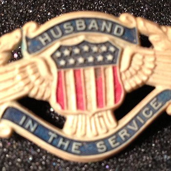 Husband In The Service Celluloid pin.  - Military and Wartime