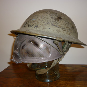 British WWII Experimental Cruise Visor steel helmet. - Military and Wartime