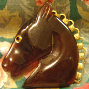 Bakelite Horse Brooch Ice Tea colored Beauty! - Costume Jewelry