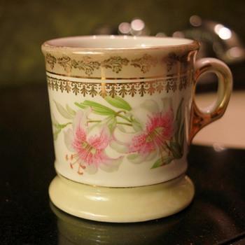 Vintage German Shaving Mug (Lilies)