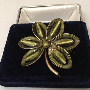 Vintage Norway Sterling enameled Flower Brooch