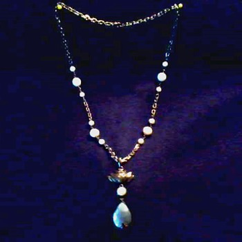 """Art Deco"" Style Sterling Silver Pearl Pendant / Tear Drop Mother of Pearl Drop /Janice Girardi / Circa Mid-20th Century"
