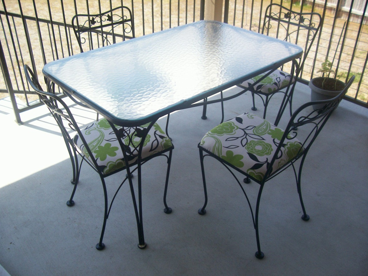 Salterini 5 piece wrought iron patio table and chairs for Deck table and chairs