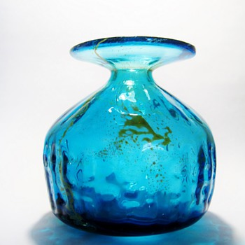 MICHAEL HARRIS -M DINA  MALTA - Art Glass