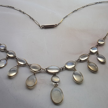 Victorian  lavalier moonstobe necklace in 9ct gold - Fine Jewelry