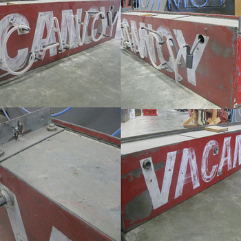 Vintage 1950's Neon VACANCY MOTEL sign - Signs