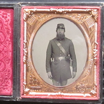 Civil War period ambrotype of Union soldier. - Photographs