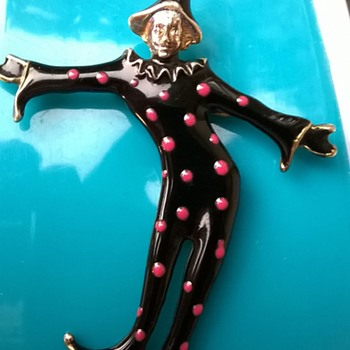 Free~!! Vintage Enamel Clown/Jester Brooch - Costume Jewelry