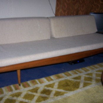 MY DAV RED RACKS FIND! ADRIAN PEARSALL #992 PLATFORM SOFA