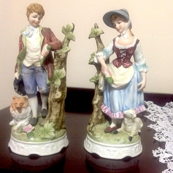 Shepherd figurines