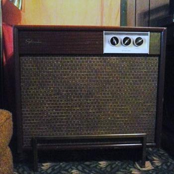 1959 Sylvania stereo phonograph