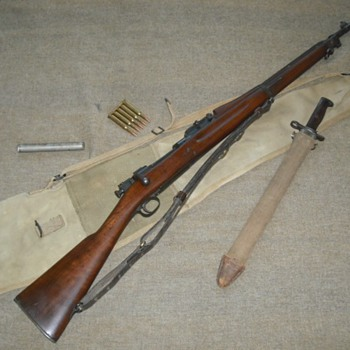 US 1903 Springfield Rifle - Military and Wartime