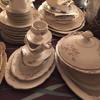 Inherited huge unknown bone China set, only numbered in gold on bottom - China and Dinnerware