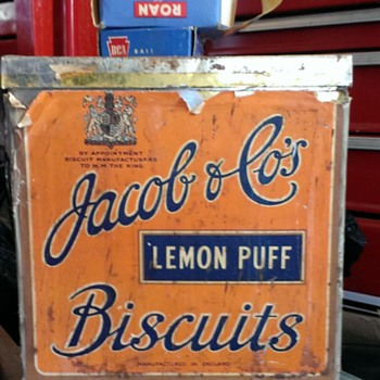 Jacob & Co's lemon puff cube shaped tin