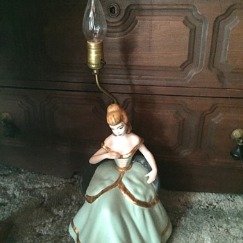 Ceramic Lady Table Lamp