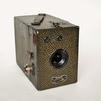 Coronet Portrait Lens Box Camera - Cameras