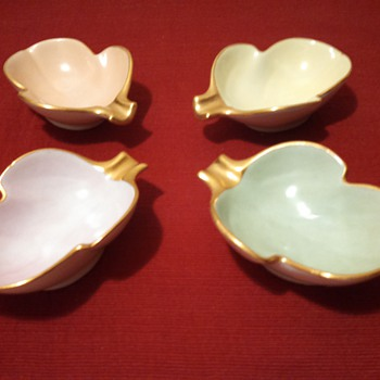 Ceramic Pastel Personal Ashtrays-Becky Jones(?) - Tobacciana