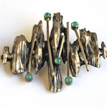 Scandinvian brooch