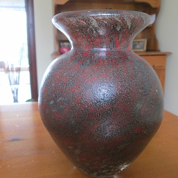 Another mystery  Art glass vase from Cairngorm10