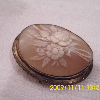 Cameo Pins - Fine Jewelry