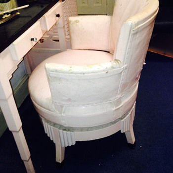 Beauty salon chair - Furniture