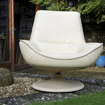 60's Cream Leather Swivel Chair - Furniture