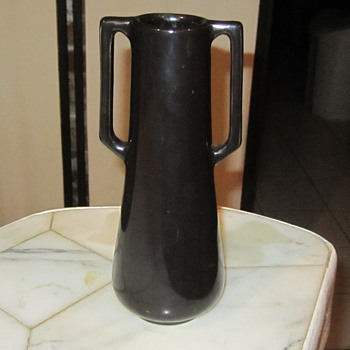 Haeger Adam Vase, from 1st Artware Collection 1914.Signed Haeger 1871 Design No1