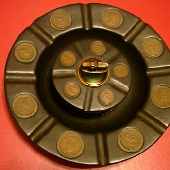 Merle Norman Cosmetics Semper Idem Porcelain Coin Ashtray - Tobacciana